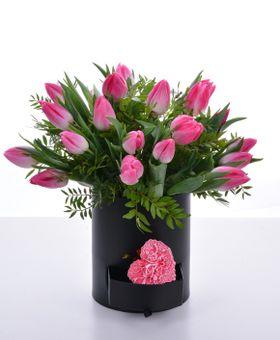 Kvetinový box z tulipánov
